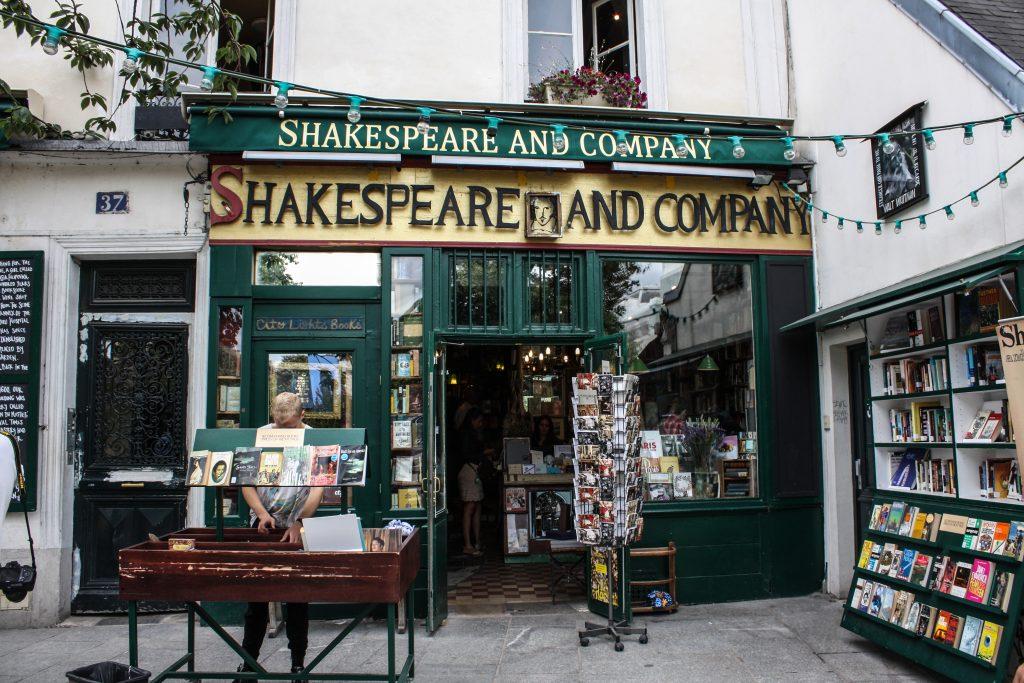 livraria famosa shakeaspeare and Co